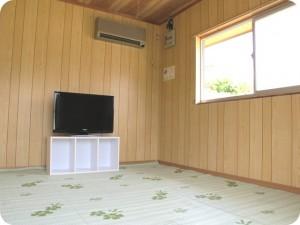 1室10,000円/泊バンガロー室内(アフター)